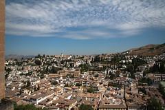 201006 Granada 103 (blogmulo) Tags: travel sky españa blanco canon spain ar andalucia viajes cielo alhambra granada barrio neighbourhood 2010 albaicin albayzin canon450d blogmulo