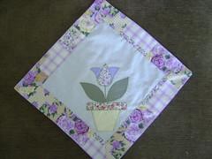 Encomendas - toalha com canto miltrado (Patchwork Sonia Ascari) Tags: flores de patchwork cozinha molde tulipa tecidos patchcolagem panodeprato cantomiltrado capadebambonadegua