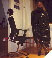 arriving at work in winter outfit (lacki310510) Tags: latex lack impermeable raincape regencape kleppercape latexcape rubbercape lackcape pvccape bondagecape shinyvinylcapekleppercape