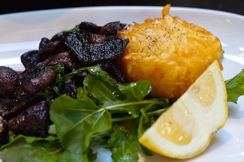 Hash brown and mushrooms, Luxe Bakery, Newtown