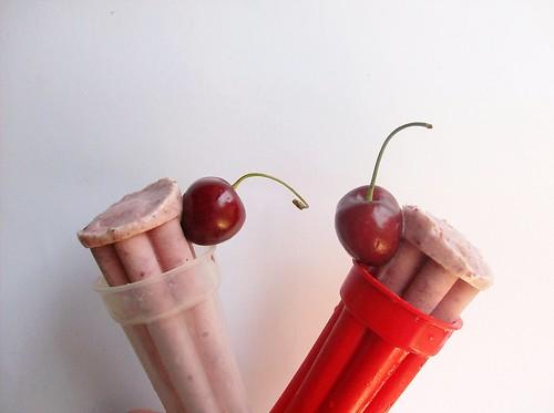Gelato di ciliegie al maraschino