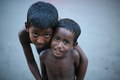BROTHERS (N A Y E E M) Tags: street portrait boys kids evening brothers dusk availablelight untouched bangladesh gec beggars unedited chittagong canonef50mmf14usm canoneos5d nayeemkalam