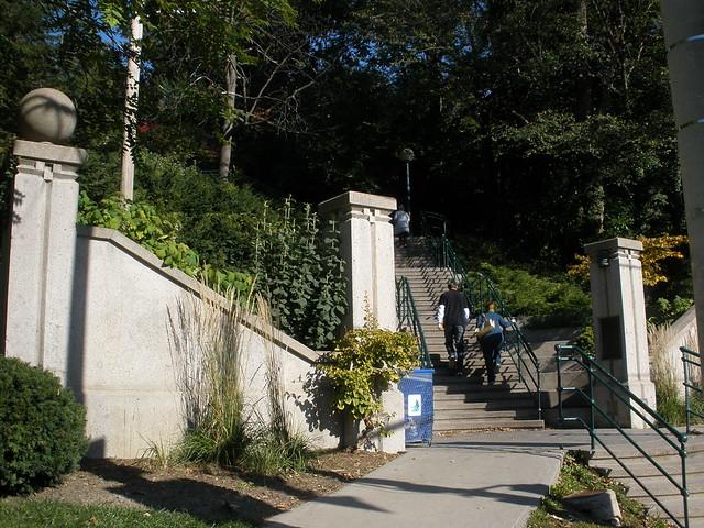 Scott Pilgrim Toronto Canada escaleras