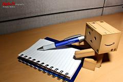 Empty Notes (Myrben Endaya) Tags: office danbo danboard myrbs