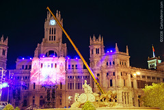 Madrid - Palacio de Comunicaciones (Plaza de Cibeles) (Carlos Alkmin) Tags: madrid espaa color colour building art arquitetura architecture night advertising photography photo spain nikon espanha europa foto photographer image champion historic noturna noite editorial nightscene prdio fotografia dslr professionalphotographer palcio iberia imagem digitalphotography campeon palacio imagebank stockphotography palaciodecomunicaciones furia stockimage plazacibeles worldcup2010 copa2010 madridbynight