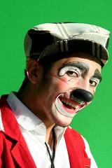 Eu continuo a ser uma coisa só: (Fabiana Velôso) Tags: circo palhaço fabianavelôso piollin
