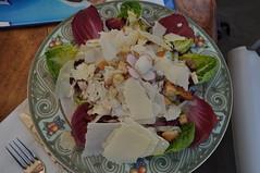 Ensalada Cesar de pollo con láminas de Parmesano