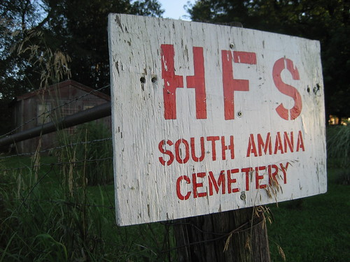 hfs south amana cemetery.