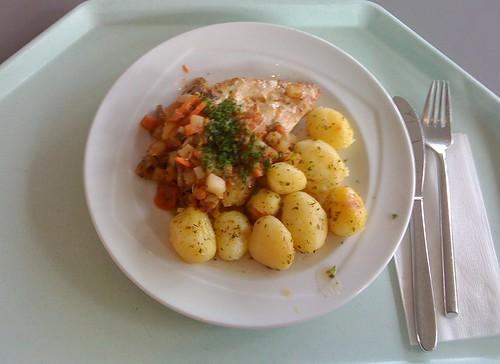 Hähnchenbrust & provencialisches Gemüse / Chicken breast & provencial vegetables