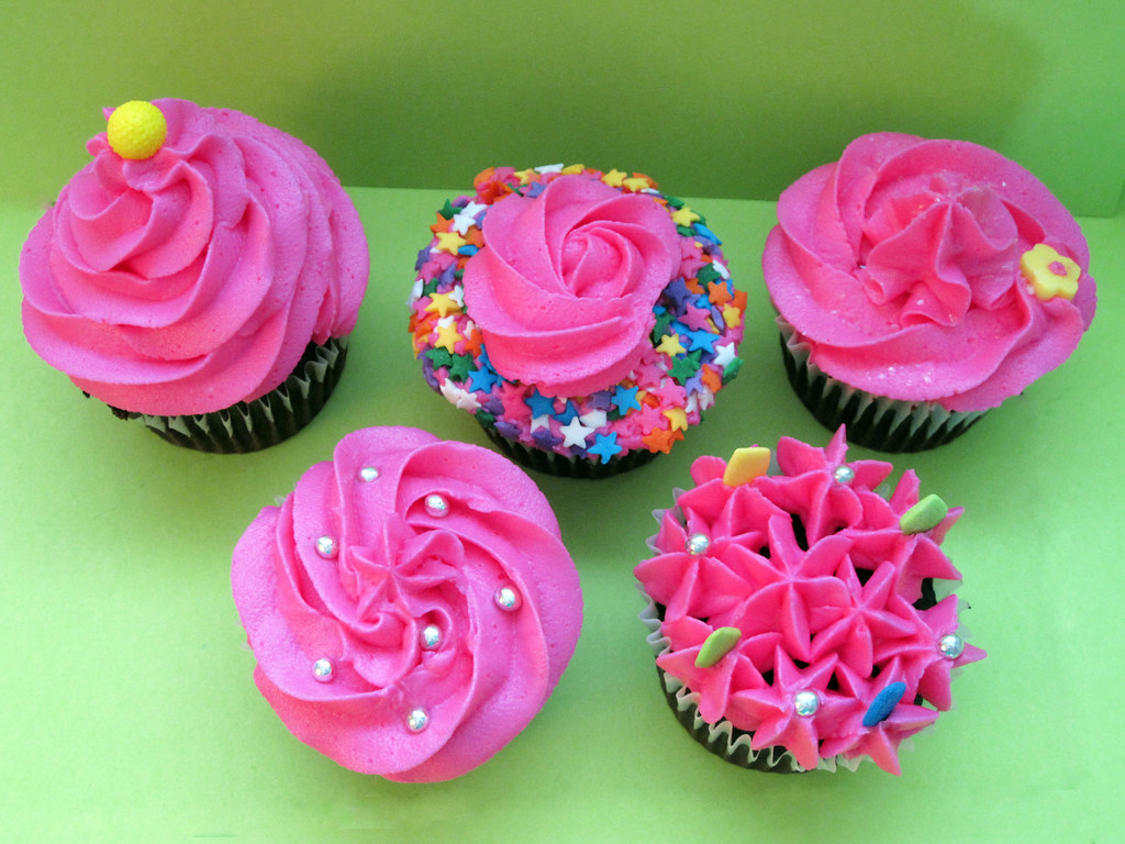 Hot Pink Party Cupcakes