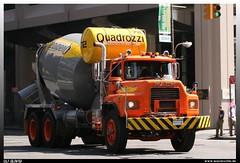 """Mack R """"Quadrozzi Concrete Corperaion"""" (uslovig) Tags: usa newyork truck concrete united von camion states manhatten lastwagen lkw staaten betonmischer americavereinigte amerikamackrquadrozzi corperaion"""""""