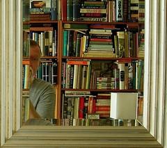 peek (omoo) Tags: newyorkcity art mirror book interiors apartment westvillage books antiques bookshelves furnishings collecting greenwichvillage beveledglass silverframedmirror booktitlesreversed