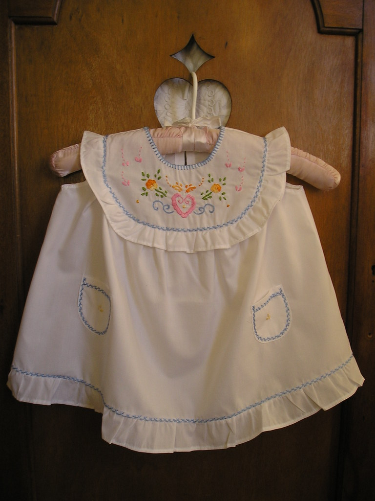 Viana's embroidery dress