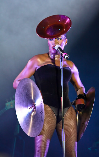Grace Jones @ Lovebox 2010 by PhilippeD.