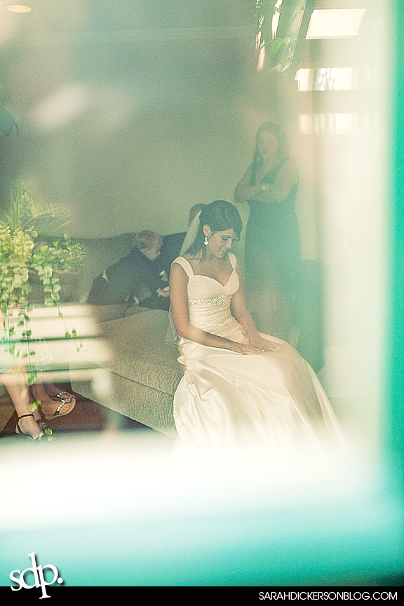 Kansas City wedding photos, the Villas