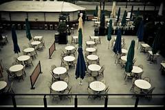 Neat and Vacant !!! (Prasanna S Krishnan) Tags: chicago hotel nikon pics vacant tables neat millenniumpark pras tokina1224mm d80