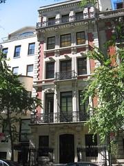 Jennings House, Upper East Side (New York Big Apple Images) Tags: newyork manhattan landmark welch uppereastside newyorkcitylandmarkspreservationcommission nyclpc metropolitanmuseumdistrict
