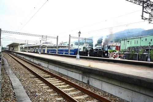 苗栗舊山線追火車