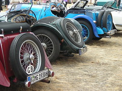MG spare wheels parade (Lutz is free) Tags: auto berlin classic cars car vintage design spider classiccar vintagecar automobile spokes convertible automotive voiture spyder mg coche topless vehicle oldtimer motor autos cabrio macchina classiccars automobiles coches styling sportscar vintagecars roadster barchetta vecchio cabriolet concoursdelegance britishcars  sportcars britcars drophead autostoriche oldtimermarkt autorevue tcar mcar mgroadster classicdays ttype spokewheels mgttype d car oldtimersport opentwoseater classicdaysberlinbrandenburg elegance classiccarscochecochesconcours autostoricheautomobileautomobilesautomotiveautoautoscarcarsclassic lutzisfree