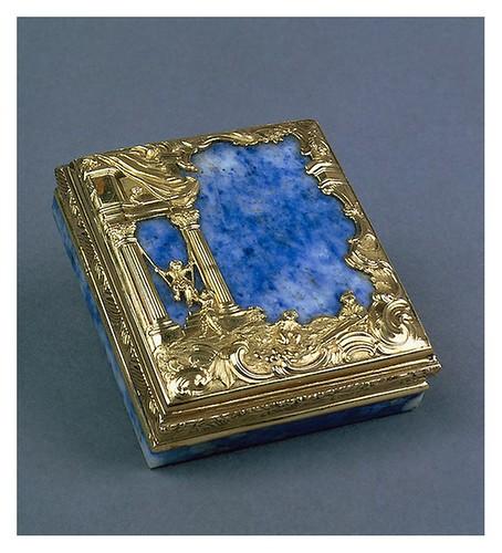 019-Estuche-oro lapislázuli cristal de roca y vidrio-Rusia. San Petersburgo. mitad siglo 18-Copyright ©2003 State Hermitage Museum