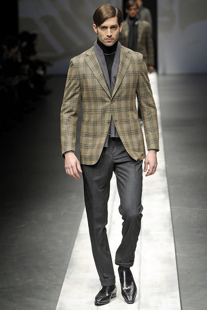 Maximiliano Patane3023_FW10_Milan_Canali(VOGUEcom)