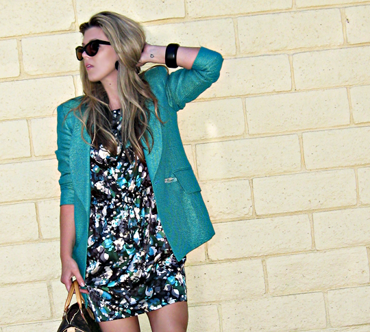 tom ford anouk sunglasses+80's teal blazer with lucite button+floral print dress+louis vuitton speedy bag
