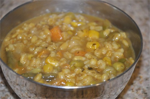 Jau Ki Khichdi - जौ की खिचड़ी (Indian Curried Barley) @ Mharo Rajasthan's Recipes