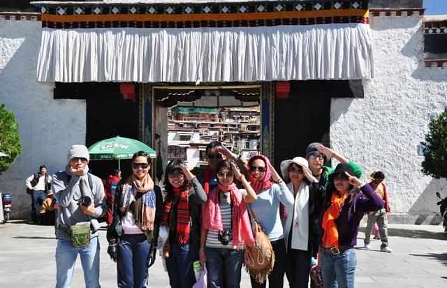 Tbjune25-2010 Shigatse