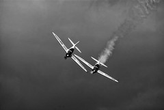 Close Formation (Chris McLoughlin) Tags: england flying blackwhite day action aircraft sony yorkshire 500mm elvington yorkshireairmuseum formationflying sigma500mm closeformation sonyalphaa300 chrismcloughlin thetwisterduoaerobaticdisplay