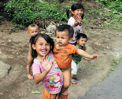 Bali Kids Waiving (cwgoodroe) Tags: new old school summer bali sun stone kids children indonesia rice statues agriculture mountians patties riceterraces ubud seminyak batubulan