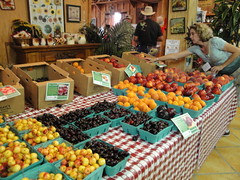 Bauman Fruits