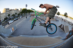 Ben - busdriver (ricky_photographe) Tags: park fish eye bmx busdriver bordeaux skate 105mm 28f