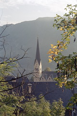 1993-09-16 Morning in Hallstatt (beranekp) Tags: morning mountains church austria sterreich religion iglesia kirche chiesa igreja glise morgen kostel hallstatt    ringexcellence