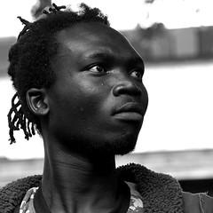 le joueur de djembé (lachaisetriste) Tags: portrait blackandwhite bw paris nikon noiretblanc montmartre nb rue homme d700 expressyourselfaward