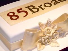 "85Broads event in Sao Paulo (Sweet Carolina ""The Art of Cake"") Tags: wedding cookies cake brasil design cupcakes saopaulo casamento doces bolos lembrancinhas minibolos sweetcarolina"