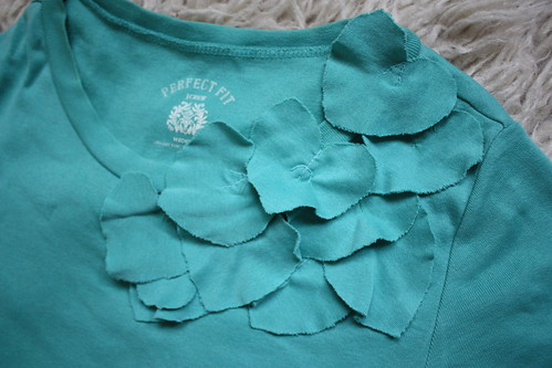 Corsage T Shirt, completed