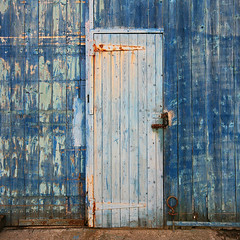 beauty contest (steverichard) Tags: door hinge wood blue metal canon rust peeling paint doors decay painted shed rusty rusted porte portal locked slipway shut boatshed turen kippford steverichard dwwg