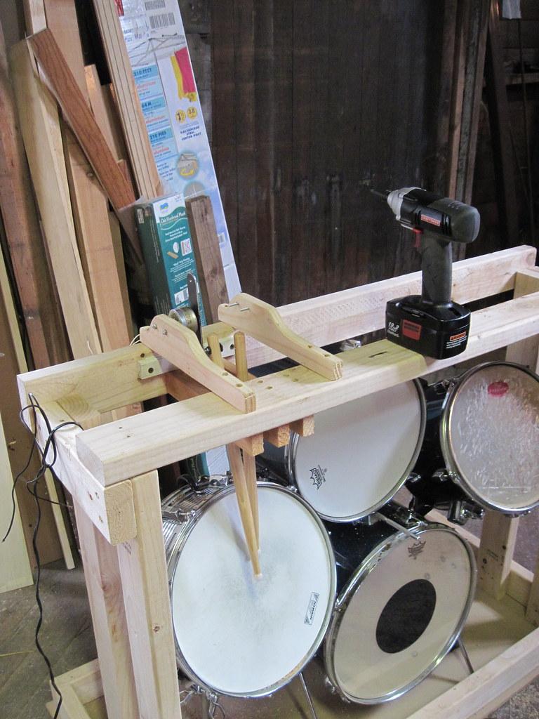 Robo-Drummer
