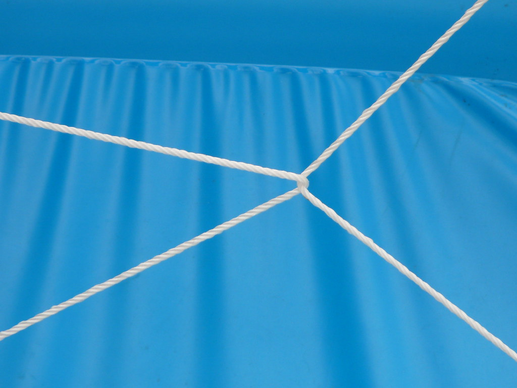 Paddling Pool Storage in Rope