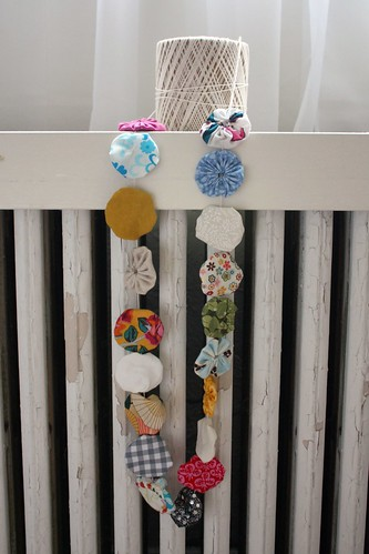 Fabric Yo-yo Garland