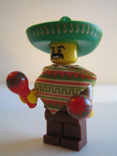 lego Minifig Series 2: Mexican 3