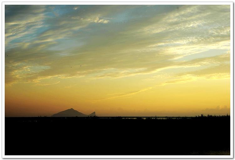 龜˙山˙朝˙日