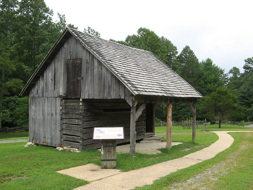 Corn Crib - Hutchinson Homestead
