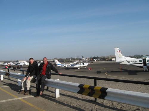 2010-4-peru-075-nazca-airport