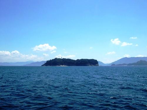 絵の島 (えのしま)、宮島の傍にある 美しい楽園の島