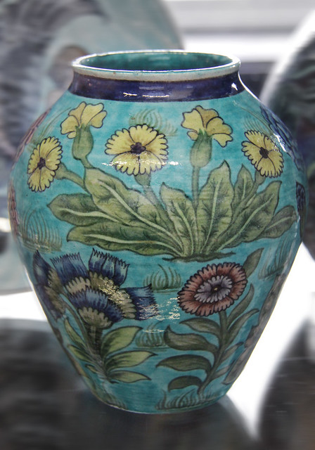 Vase - William De Morgan