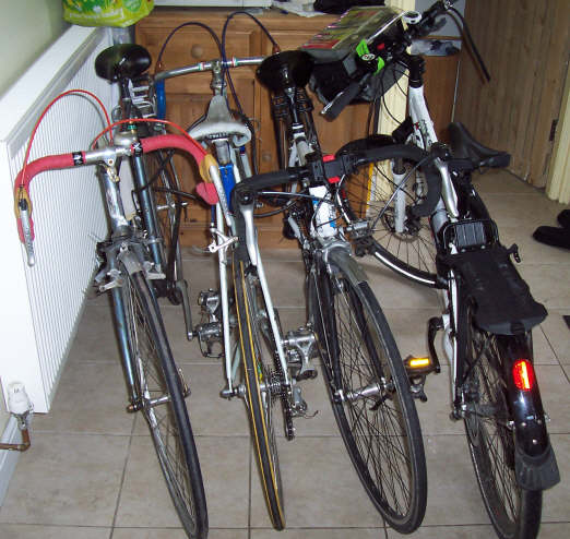 bikes_in_kitchen