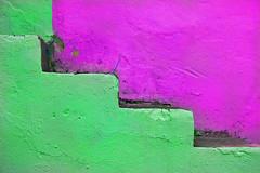 ESCALERA VERDE (GREEN STAIRS) (SamyColor) Tags: barcelona madrid chile china california uk santiago england italy espaa newyork paris france rome color roma verde green london peru portugal argentina brasil riodejaneiro stairs canon mexico uruguay hongkong hawaii quito ecuador sevilla buenosaires colombia italia colours lima lisboa lisbon venezuela cuba taiwan australia bolivia colores caracas jamaica segovia londres asuncion paraguay panama montevideo francia lapaz medellin sidney brasilia escaleras islascanarias islamargarita 1785is canonkiss 450d anawesomeshot rebelxsi samycolor