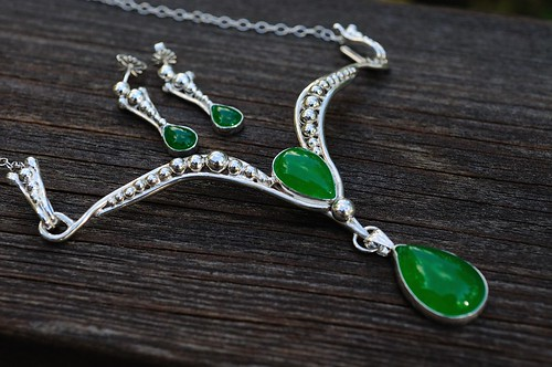 jade and silver necklace and earring set