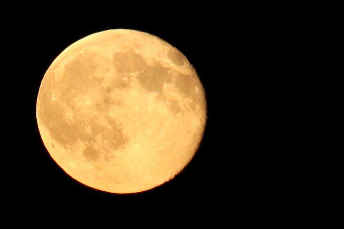 08-26-moon